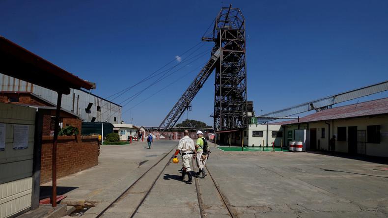 Über 900 eingeschlossene Bergleute in Südafrika gerettet
