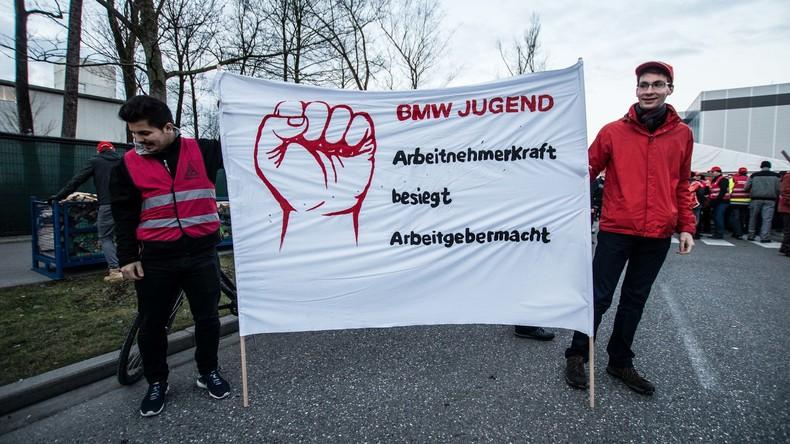 Warnstreik im Tarifstreit bei Autobauern - Produktion bei BMW und Audi steht still