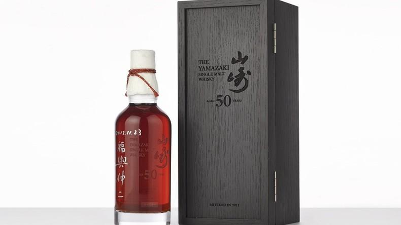 Flüssige Investition: Teuerste Whiskey-Flasche der Welt für fast 300.000 US-Dollar versteigert