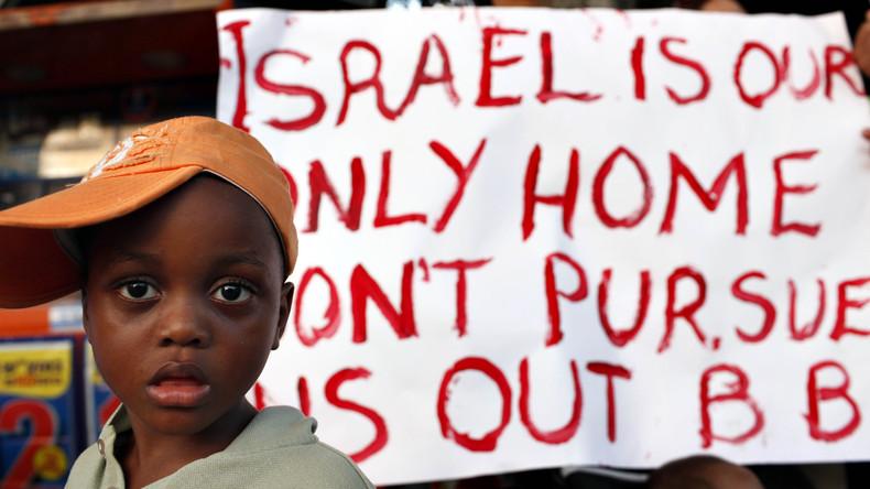 Auswanderung oder Gefängnis: Israel verteilt Ausweisungsbescheide an afrikanische Flüchtlinge