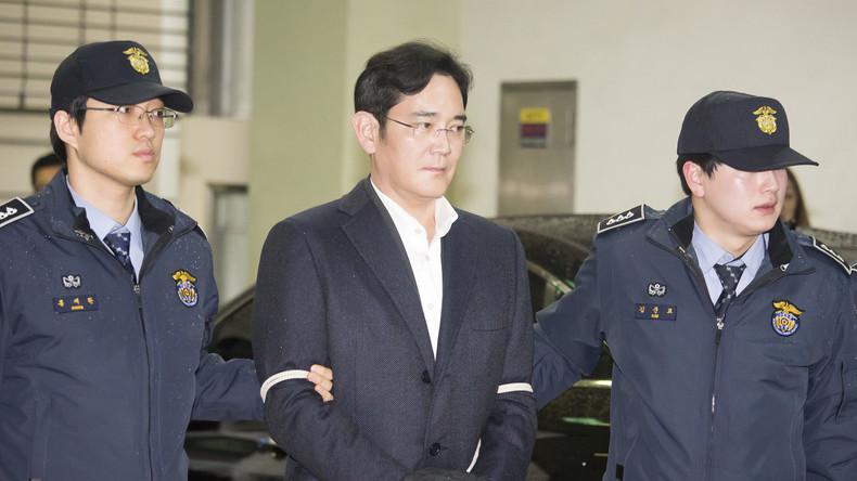 Wegen Korruption verurteilter Samsung-Erbe auf Bewährung freigelassen