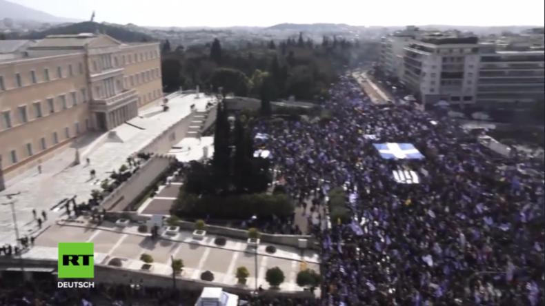 Athen: Über Hunderttausend Griechen ziehen für Umbenennung Mazedoniens auf die Straße