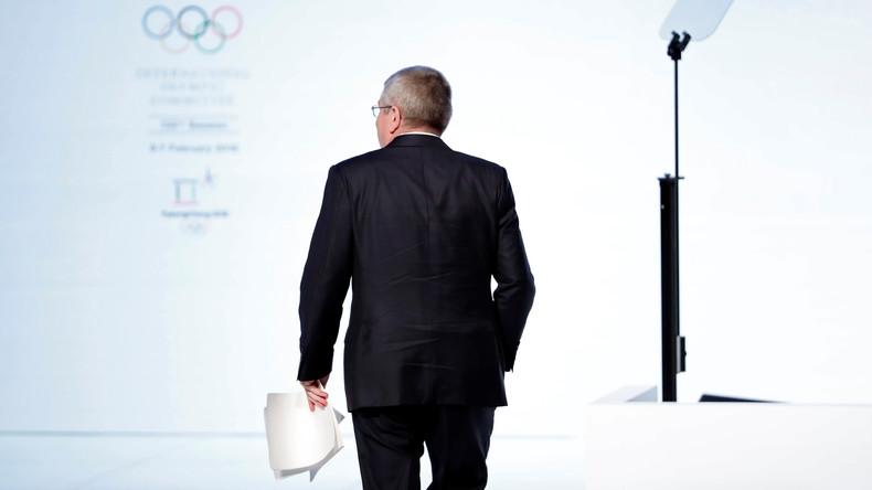 In wessen Interesse handelt Thomas Bach, wenn er die Olympische Charta verletzt?