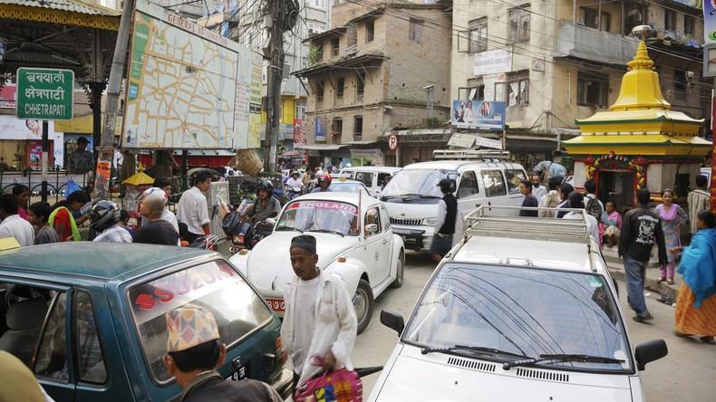 Nepal verbannt alte Autos von den Straßen
