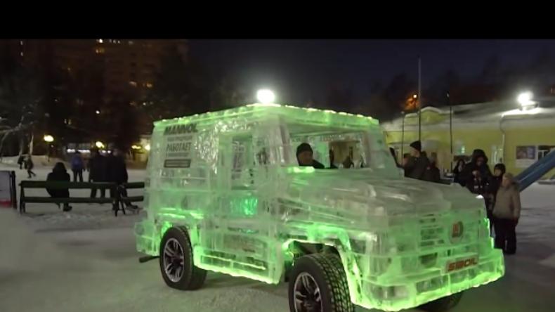 Tüftler aus Russland baut für deutsches Unternehmen fahrtüchtiges Auto aus Eis