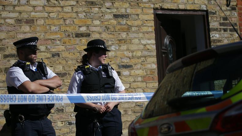 Britische Ermittler spüren Menschenschmuggler-Bande auf - 21 Festnahmen