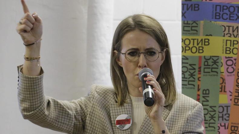 LIVE: Russische Präsidentschaftskandidatin Ksenia Sobchak hält Pressekonferenz in Washington ab