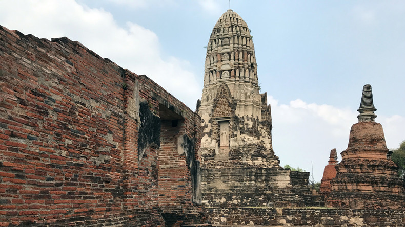 Reumütiger Tourist schickt Steine an thailändischen Tempel zurück