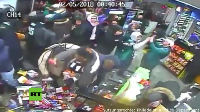 Ausnahmezustand in Philadelphia nach Super Bowl - Fans erstürmen und plündern Geschäft