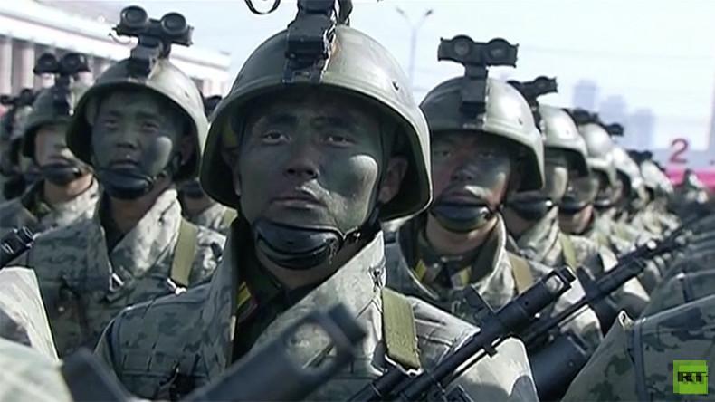 Gruß gen Süden: Nordkorea hält Militärparade am Abend vor Eröffnung der Winterspiele ab