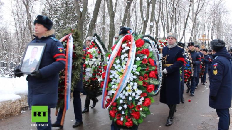 Russland: Tausende erweisen in Syrien gefallenem Piloten auf Trauerfeier letzte Ehre
