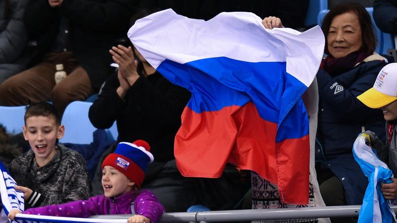 Pyeongchang: US-Fan zeigt Solidarität mit russischer Fahne