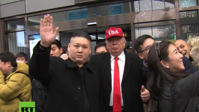 Es könnte so einfach sein... - Imitatoren von Trump und Kim Jong Un verwirren Einheimische in Seoul