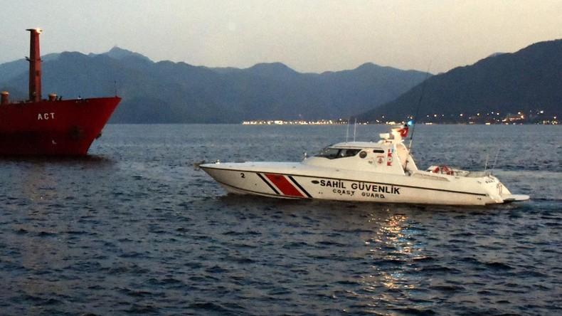 Türkisches Küstenwachboot rammt griechisches Patrouillenboot nahe der umstrittenen Inseln in Ägäis