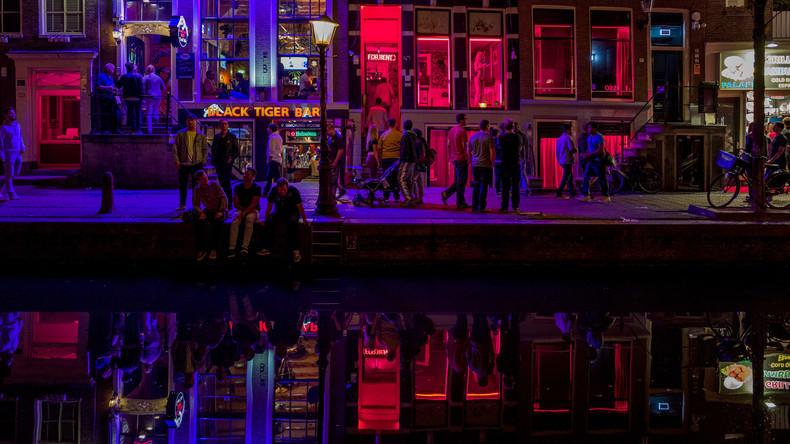 Amsterdam: Touristen dürfen Prostituierte im Rotlichtviertel nicht mehr betrachten oder ablichten