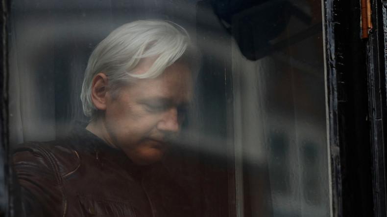 LIVE vor dem Westminster Magistrates' Court: Britisches Gericht verhandelt Assanges Haftbefehl