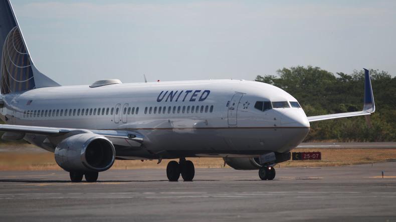 United-Airlines-Maschine verliert Triebwerksabdeckung über dem Pazifik
