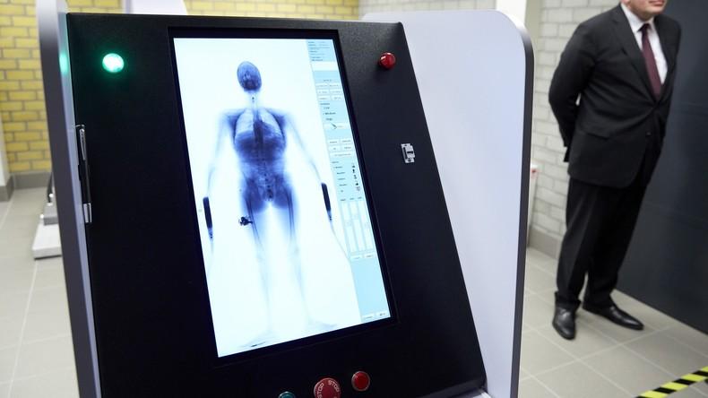 Gründlich durchscannt: Misstrauen führt Chinesin durch Röntgenprüfgerät für Gepäck