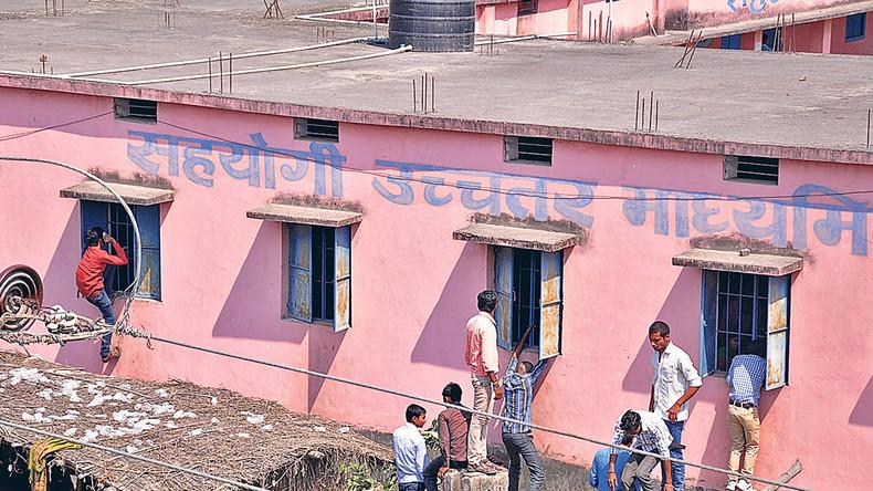Weil Indien jetzt gegen Schummler vorgeht: Über eine halbe Million Schüler kamen nicht zu Prüfungen