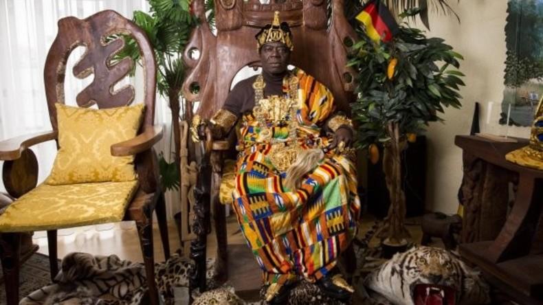 Das Beste für die Ladies: Afrikanischer König schenkt seinem Volk neues Frauengefängnis