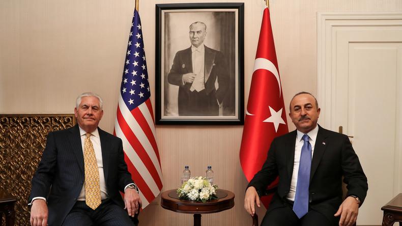 Weniger US-Waffen und YPG-Abzug aus Manbidsch? Tillerson in der Türkei um Entspannung bemüht
