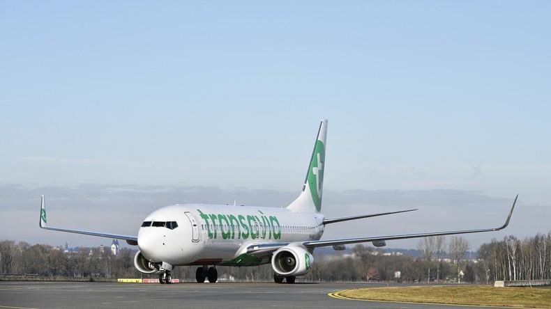 Das stinkt zum Himmel: Flugzeug musste wegen Passagiers mit Blähungen notlanden