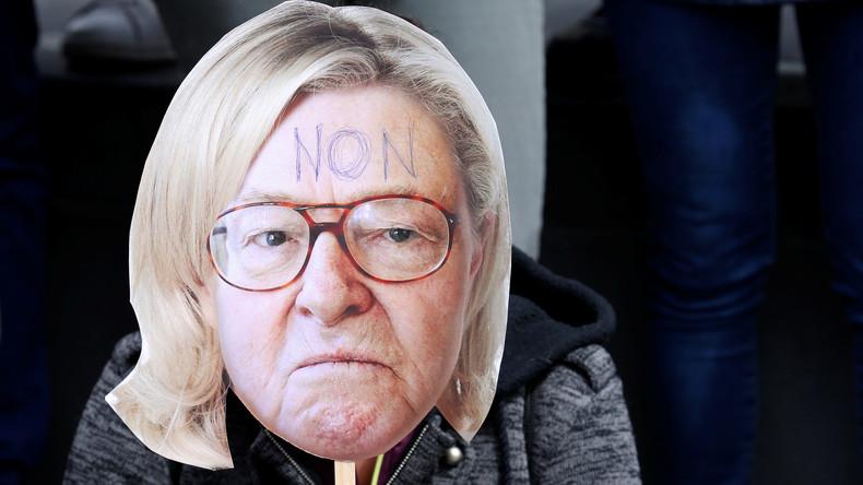 """Richtungsstreit bei Front National: Jean-Marie Le Pen droht seiner Tochter mit """"Straßenschlachten"""""""
