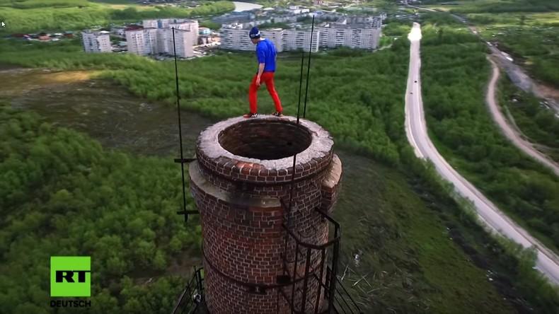 Leicht- oder Wahnsinn? Exklusive RT-Doku über russische Roofer