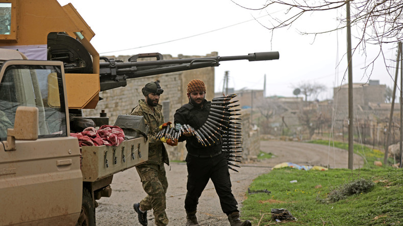 Syrien: USA schweigen zu Kämpfen zwischen ihren Koalitionspartnern in Afrin (Video)