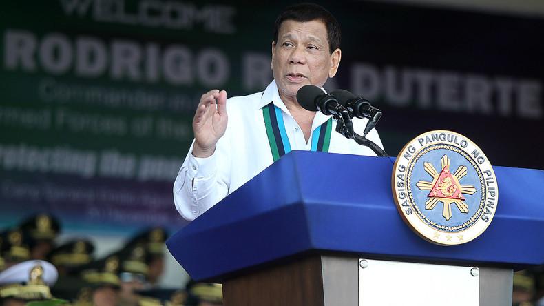 """Trotz HIV-Seuche: Philippinischer Präsident rät von Kondomen ab - weil sie """"nicht angenehm"""" sind"""