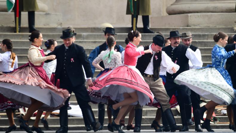 """Zu viele """"weiße glückliche Christen""""? Ungarns Stadt vom EU-Kulturwettbewerb ausgeschlossen"""