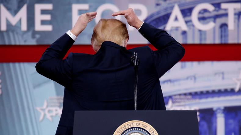 Kahle Stelle: Trump unterbricht Rede bei wichtiger Konferenz der Konservativen wegen seiner Haare