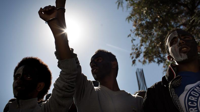 20.000 Menschen demonstrieren in Tel Aviv gegen Flüchtlingsabschiebung