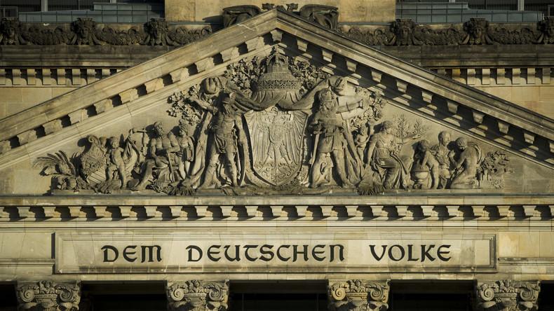 Korrupt sind immer die anderen? Berlin sitzt Antikorruptionsvorgaben seit Jahren aus