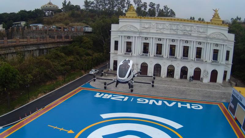 Lass uns fliegen: Chinesisches Unternehmen veröffentlicht erste Bilder von Taxi-Drohnen-Tests