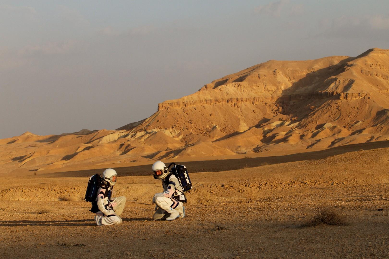 Israelische Forscher simulieren in der Wüste Leben auf dem Mars [FOTOS]