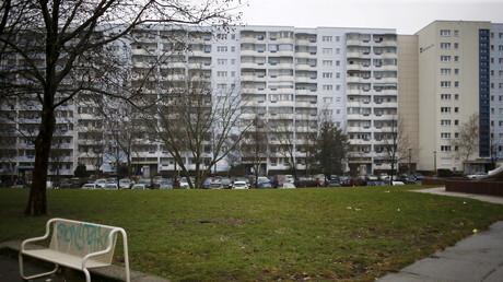 Wohnhäuser im Berliner Ortsteil Marzahn. 2017 wurden in diesem Stadtteil je Quadratmeter rund 8 Euro kalt verlangt. Durchschnittlich lag in der Hauptstadt 2017 der Quadratmeter bei rund 11 Euro kalt bei einer Neuvermietung .