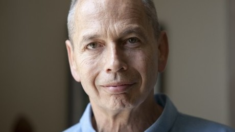 Frank Furedi ist ein Professor für Soziologie an der University of Kent in Großbritannien.