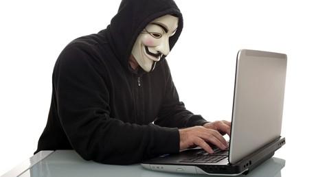 Ein russischer Hacker bei der Arbeit.