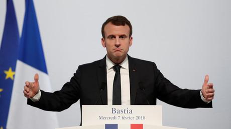 Der französische Präsident Emmanuel Macron während einer Rede im Kulturzentrum Alb'Oru in Bastia, auf der französischen Mittelmeerinsel Korsika.