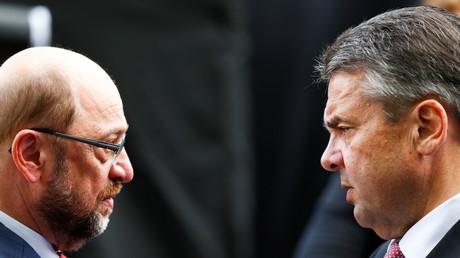 Martin Schulz und Sigmar Gabriel, Duisburg, Deutschland, 12. Mai 2017.