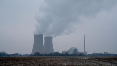 Tarifstreit: Beschäftigte in Kernkraftwerken legen Arbeit nieder (Symbolbild)