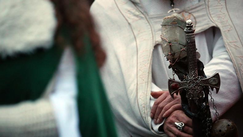 Heiden dringend gesucht: Britische Gefängnisse suchen Geistliche für nicht-monotheistische Insassen