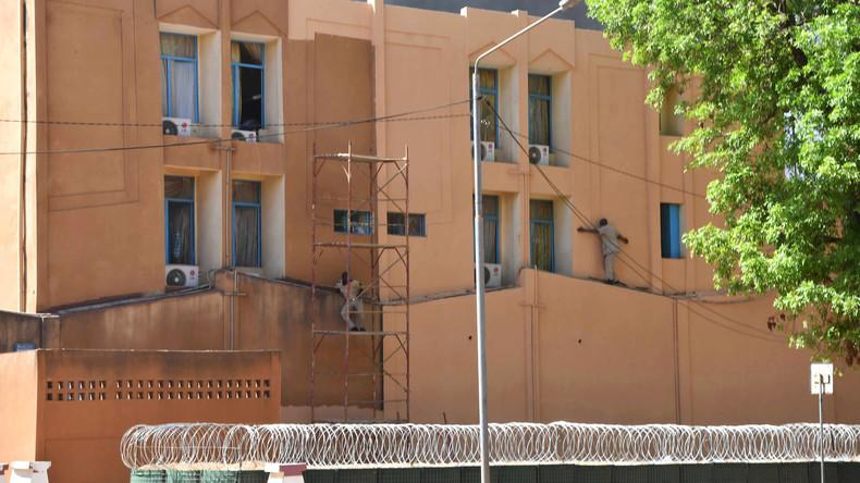 28 Tote: Bewaffneter Angriff auf Sitz des Generalstabs und französische Botschaft in Burkina Faso