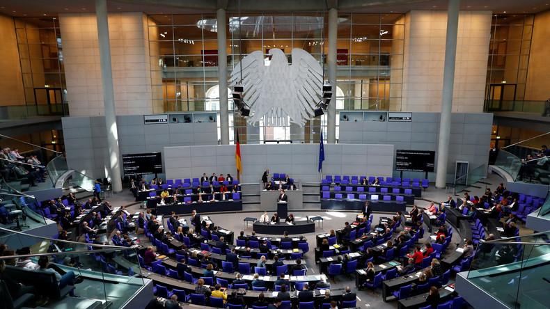 Linke und Grüne fordern eigenen Bauausschuss im Bundestag