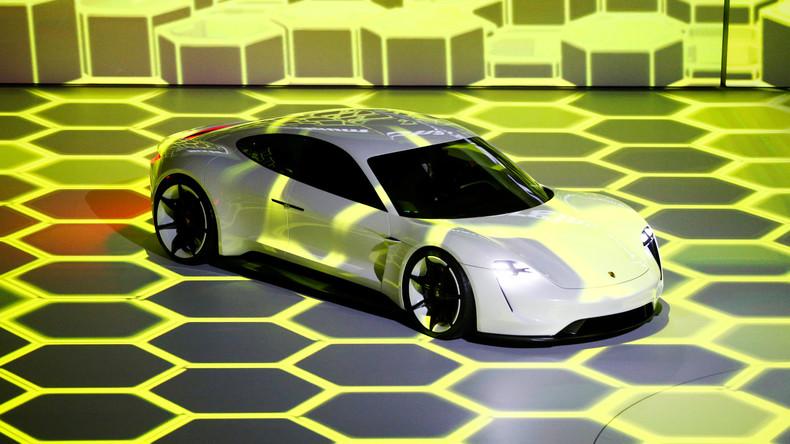 Mehr als nur Bitcoin: Porsche testet Blockchain-Technologie für das Auto der Zukunft