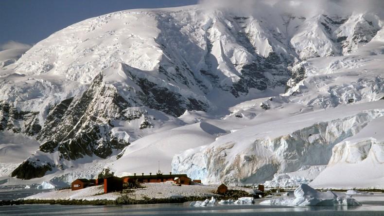 Spanischer Offizier geht in Antarktis über Bord und stirbt