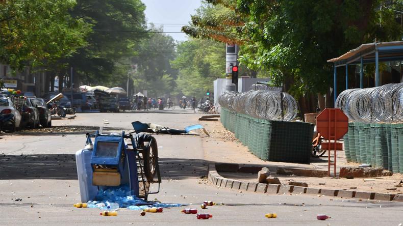Islamistische Terrorgruppe bekennt sich zu Anschlag in Burkina Faso