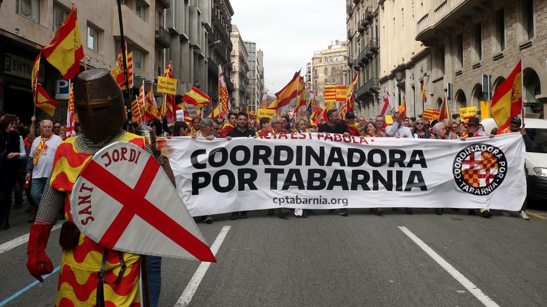 """Tausende demonstrieren in Barcelona für """"Tabarnia"""""""