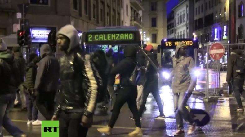Italien: Migranten ziehen nach Ermordung eines afrikanischen Händlers randalierend durch Florenz